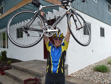 Blue Mountains cyclist fights cancer on and off the bicycle