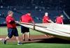 Freeman homers, extends streak; Braves beat Phillies 7-6-Image6