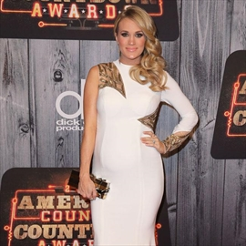 Carrie Underwood didn't need a man until Mike-Image1