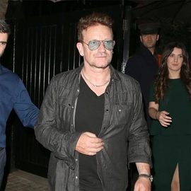 Bono pays tribute to tour manager-Image1