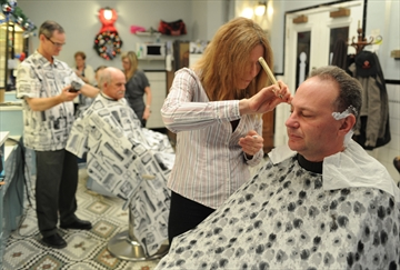 Barber Requirements : Barbers want to trim licensing rules