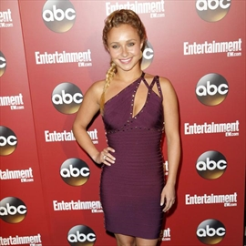 Hayden Panettiere: Motherhood is an out-of-body experience-Image1
