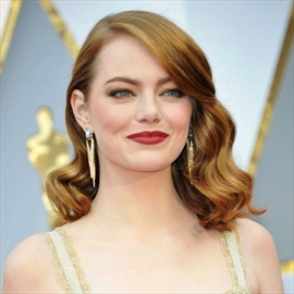 Reese Witherspoon 'emotional' for Emma Stone-Image1