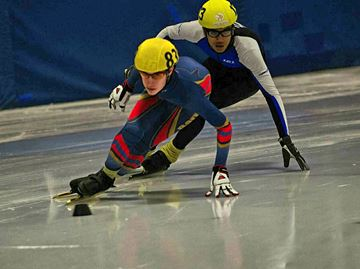 Barrie Speed skating event brings in medals