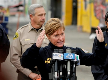 Investigators to look at electrical system in Oakland fire-Image10