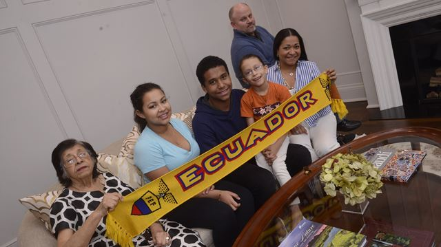 Oakville family raising money to help children with cancer in Ecuador