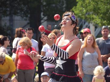 Buskerfest takes over downtown Thorold this weekend