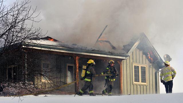 Mono house fire