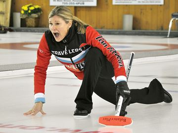 Sherry Middaugh advances to Ontario Scotties final