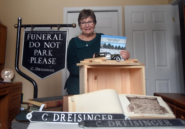 Mennonite funeral traditions focus of book
