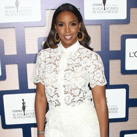 Kelly Rowland's son is learning Spanish-Image1