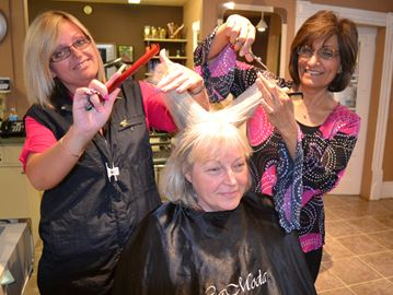 Parkinson's cut-a-thon in Collingwood this Sunday