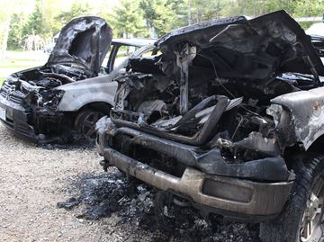 Vehicles destroyed in overnight fire in Wasaga Beach