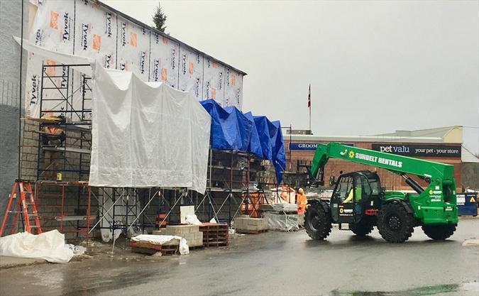 What's going on here? Huntsville Canadian Tire | MuskokaRegion com