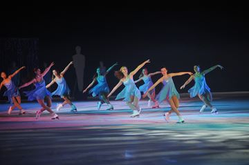 Skate Oakville presents their Netpix ice show