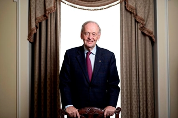 Former prime minister Jean Chretien is photographed as he promotes his new book in Ottawa on Friday, Oct. 5, 2018. THE CANADIAN PRESS/Justin Tang
