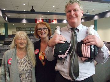 Orillia mayor dons bra for a cause