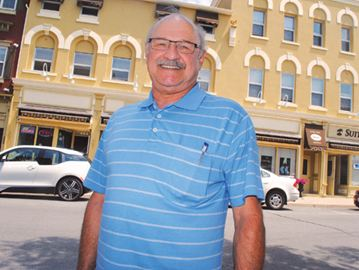 Luciani announces big for re-election as Thorold mayor