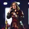 Adele brings impersonator on stage in Washington -Image1