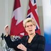 Premier Kathleen Wynne talks OSAP with UOIT students in Oshawa