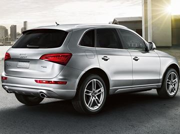 Audi Q5 earns top safety pick rating from IIHS