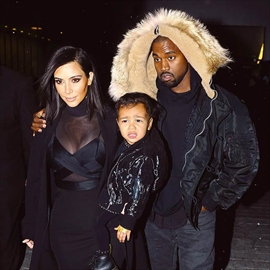 Kanye West is trying 'really hard' for another baby-Image1