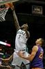 Antetokounmpo scores 28, Bucks beat Suns 100-96-Image6