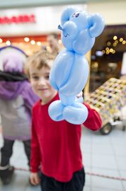 Matthew Hayword, 5, shows the balloon animal that he got from Jungle Jack at Agincourt Mall March 13 during one of the mall's March Break activities.