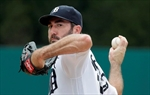 Jones, Tigers rally past White Sox, complete sweep-Image5