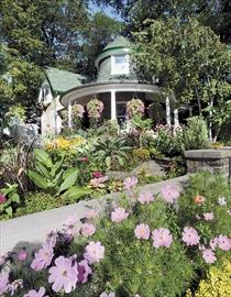 Gardeners Cottage Kew Gardens