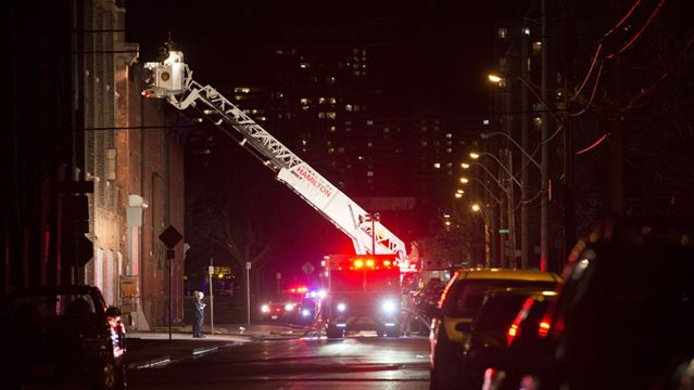 Cannon Knitting Mills Hamilton : Minor damage after fire at cannon knitting mills thespec