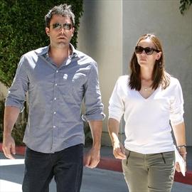 Ben Affleck and Jennifer Garner 'split six months ago'-Image1