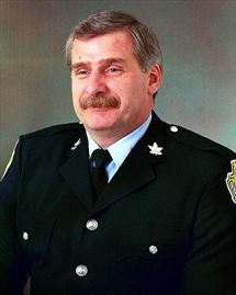Bill Henshaw dies on duty - 965c7efc48f0b08833f15a57864f_Content