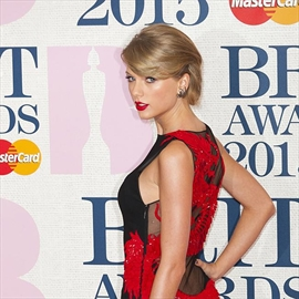 Calvin Harris 'still chasing' Taylor Swift-Image1
