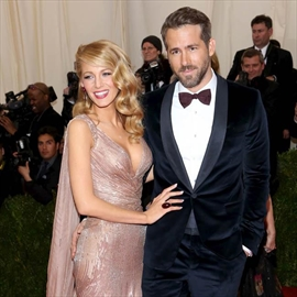 Ryan Reynolds fell for Blake Lively on double date-Image1