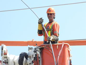 Powerlines seminar stresses personal safety