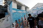15 killed at Gaza  UN school; Israel holds fire-Image1