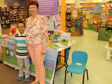 Seven-year-old Oakville illustrator releases book series with mom