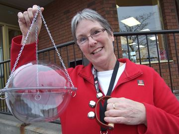 Orillia's Salvation Army seeks bell ringers