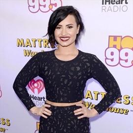 Demi Lovato's boyfriend's 'weird' relationship with her ex-Image1