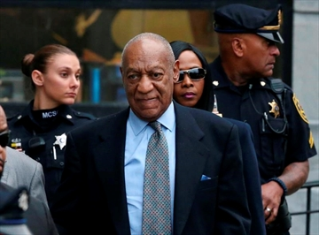 Judge: Prosecutors can use Bill Cosby's deposition at trial-Image1