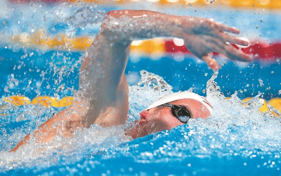 Cochrane Poised To Lead Canada In The Pool At 2014 Commonwealth Games