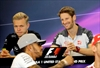 Formula One star Hamilton snaps pic, takes all questions-Image1
