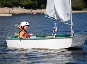 Kids feel the wind in their sails; Kanata Sailing Club finishing up se– Image 1