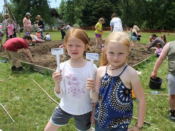 Meaford students create new gardens