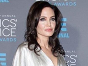 Angelina Jolie left 'speechless' by Iraq trip-Image1