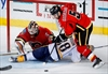 Predators hold off Flames rally for 4-3 win-Image1
