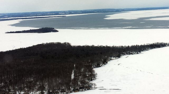 Warm spell creates unpredictable unstable dangerous ice for Lake simcoe fishing report
