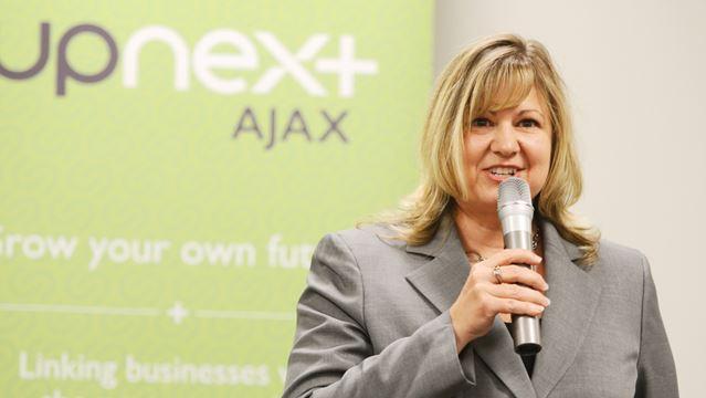 upNext Ajax Lisa Hausz