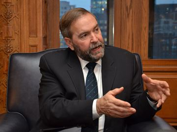 NDP leader Thomas Mulcair promises boost for manufacturing, small businesses